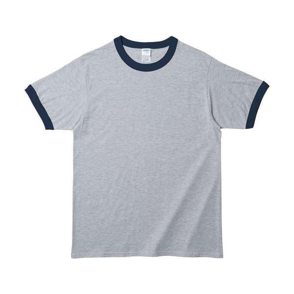 GILDANのTシャツ