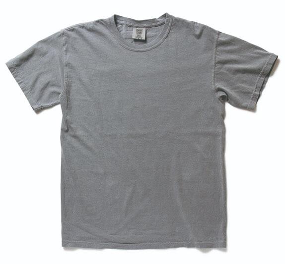 COMFORTCOLORSのTシャツ
